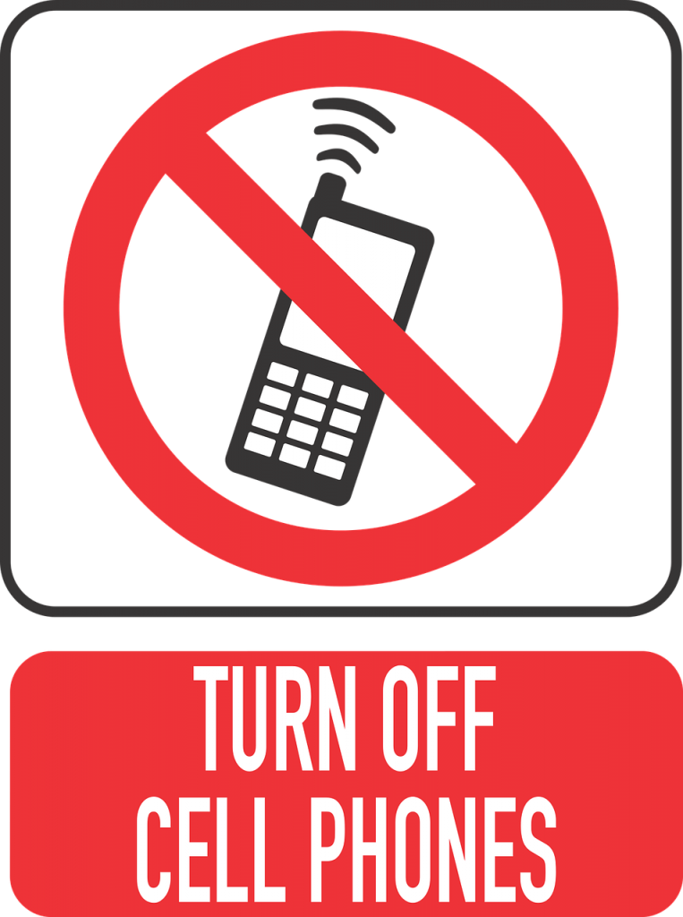 No use of mobile during car driving