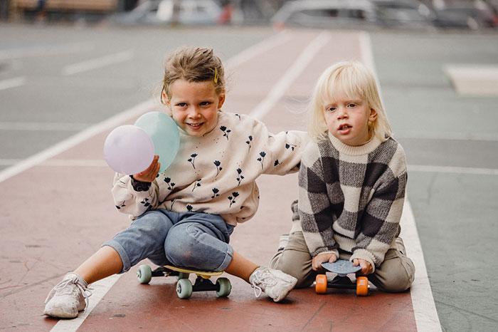 kids palying outdoor
