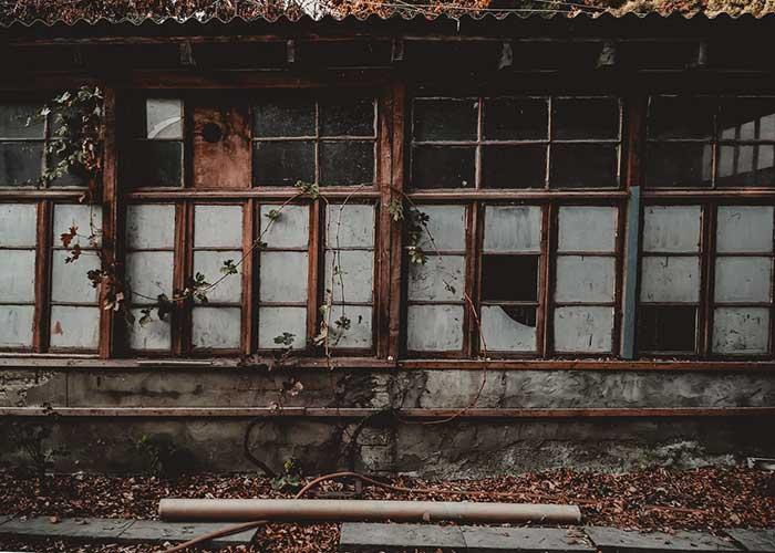 windows broken frames