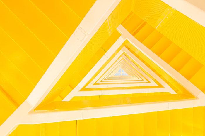 yellow wall bedroom ideas